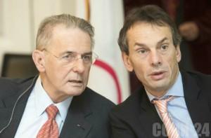 Жак Рогге и Кристоф Де Кеппер (справа). Фото: indiatimes.com